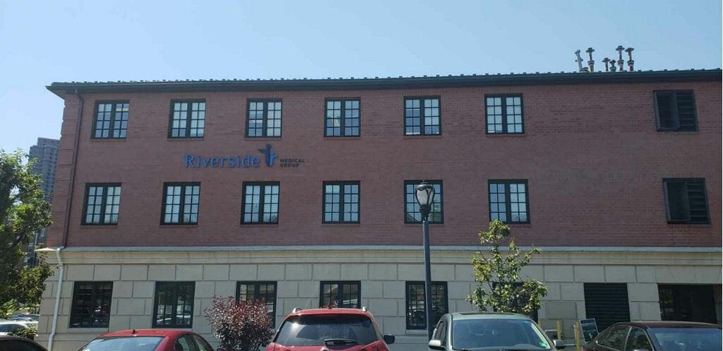 Riverside Medical Group Edgewater Office Building
